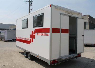 Rimorchio f26 Ambulatorio Mobile (4)