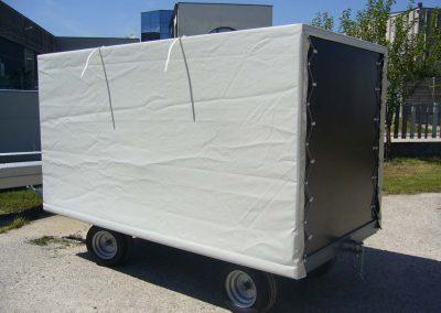 rimorchio per trasporto carrelli 2